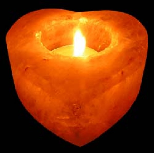 crafted-heart-shape-candle-holder-02